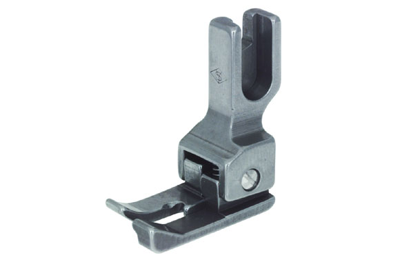 211 Right Compensating Presser Foot 1/16