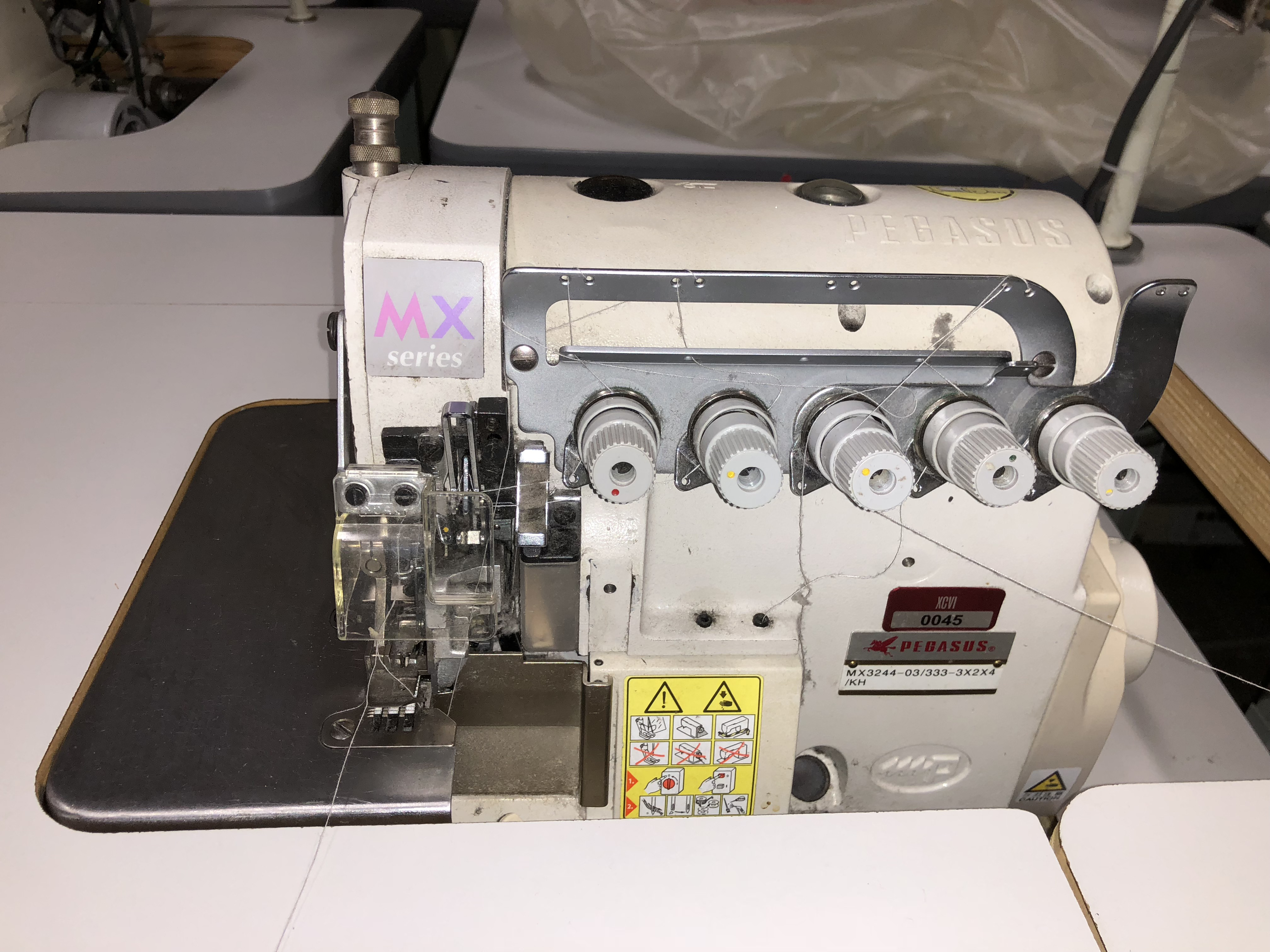 Pegasus MX3244-03/333 Overedger & safety stitch machine, overlock sewing machine