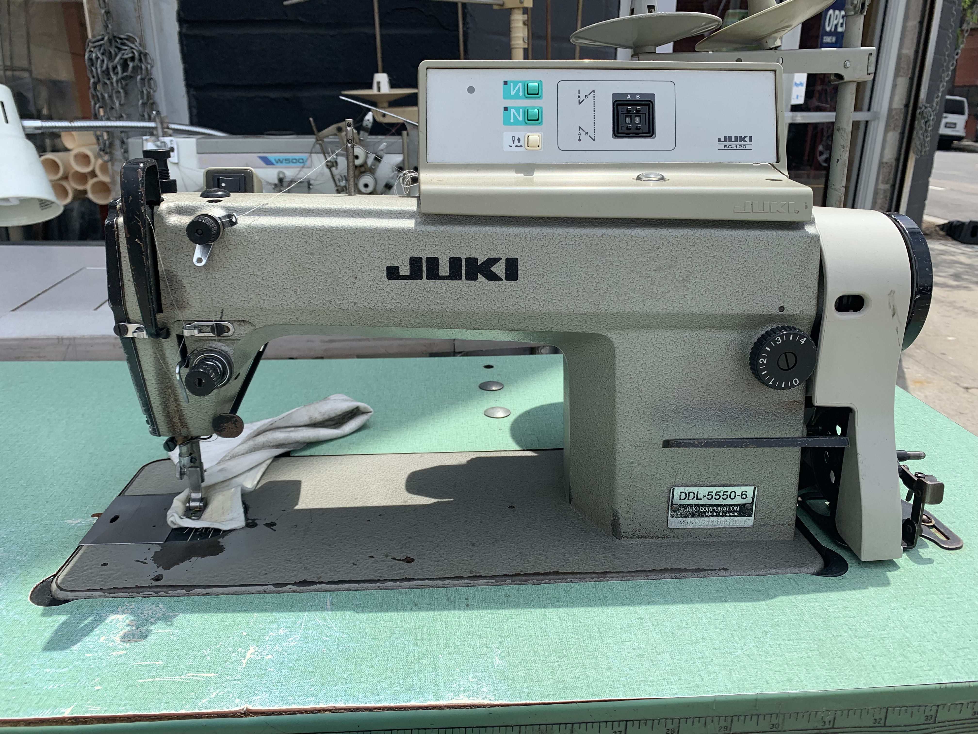 JUKI DDL-5550-6 High-Speed, automatic sewing machine